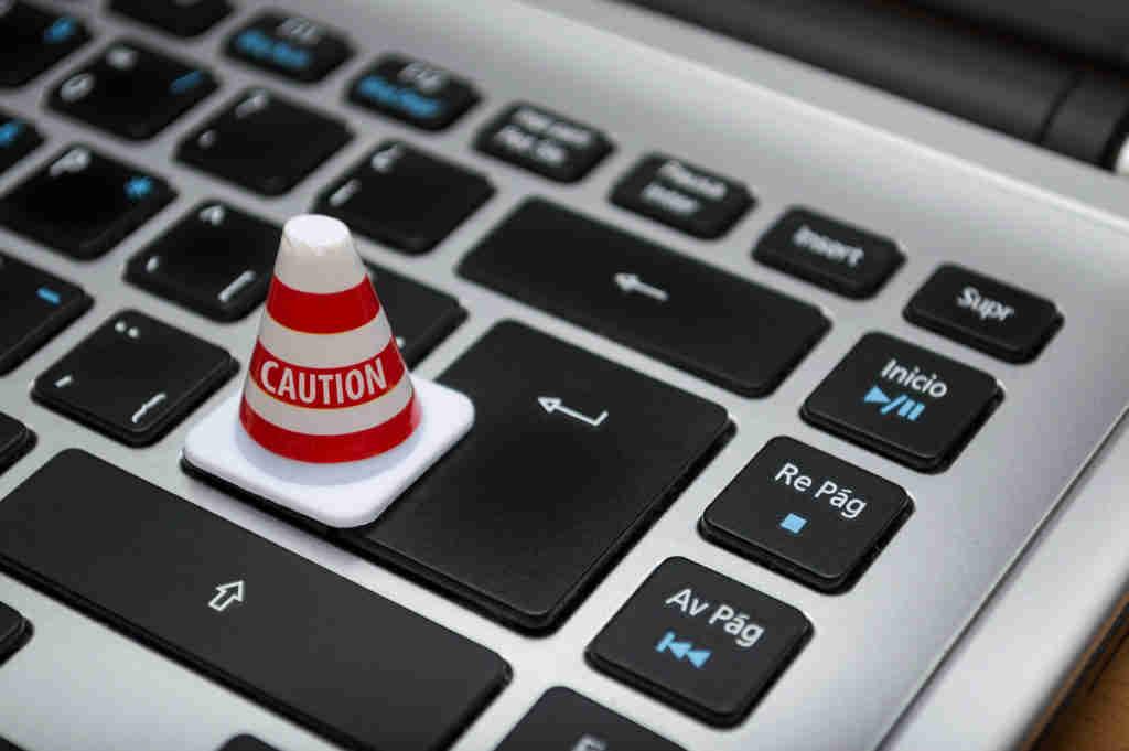 Business Email Compromise – atak hakerski, który nie potrzebuje złożonego oprogramowania