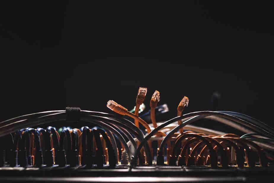 Fala cryptojackingu – routery MikroTik w poważnym zagrożeniu