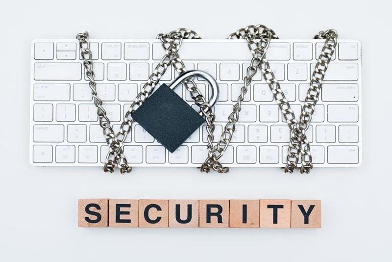 5 sposobów, w jakie firmy mogą uniknąć wyłudzania informacji w Internecie
